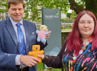 Knitting Communities Help To Support Victims in Cumbria